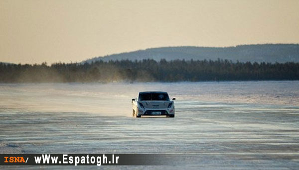 رکورد سرعت رانندگی بر روی دریاچه یخ-Espatogh.ir