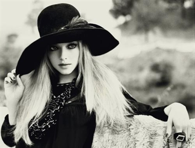 barbie_beautifull_black_black_and_white_