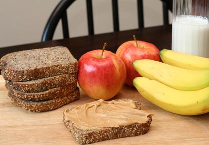 غذاها و خوراکی های مناسب برای خورن قبل از ورزش