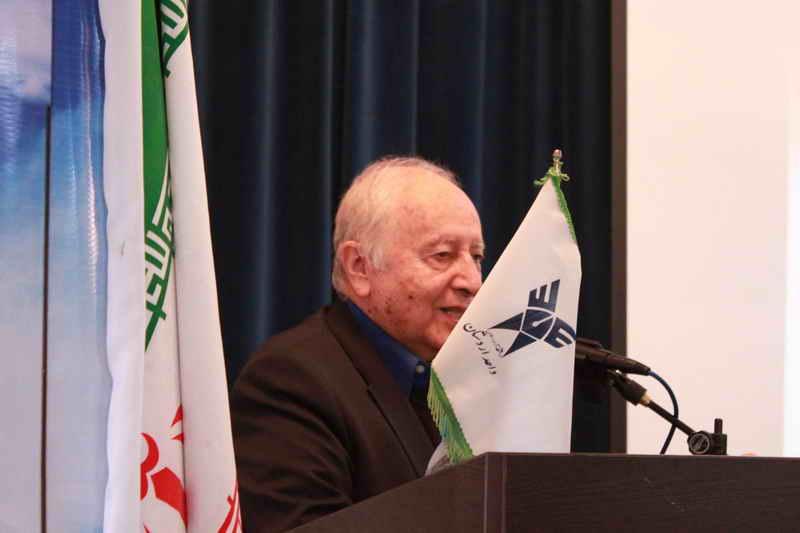 پروفسور ایرج اعتصام