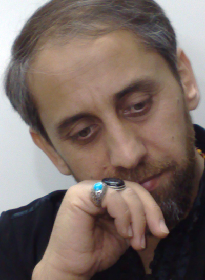 http://s3.picofile.com/file/7398378274/haj_ahmad_vaezi.jpg