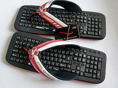http://s3.picofile.com/file/7404913759/keyboard.jpg