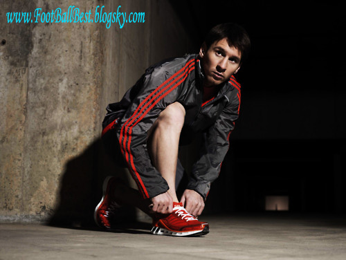 http://s3.picofile.com/file/7405615478/Adidas_WE_ALL_RUN_www_FootBallBest_blogsky_com.jpg