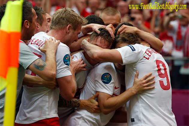 http://s3.picofile.com/file/7406719458/Poland_1_1_Greece_Goals_FootBallBest.jpg