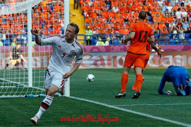 http://s3.picofile.com/file/7406720642/Netherland_0_1_Denmark_Goal_FootBallBest.jpg
