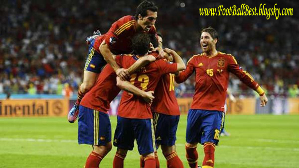 http://s3.picofile.com/file/7425640963/Spain_Vs_Italy_Final_Goals.jpg
