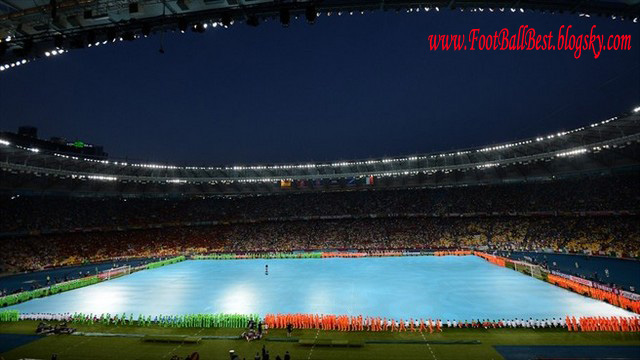 http://s3.picofile.com/file/7426510000/Euro_2012_Closing_Ceremony_FootBallBest.jpg
