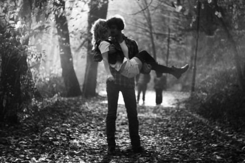 black_and_white_boy_couple_girl_in_love_