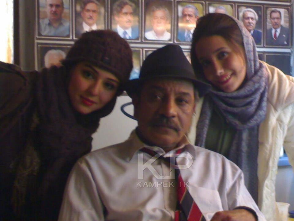 عکس های حنانه شهشهانی در پشت صحنه سریال کلاه پهلوی