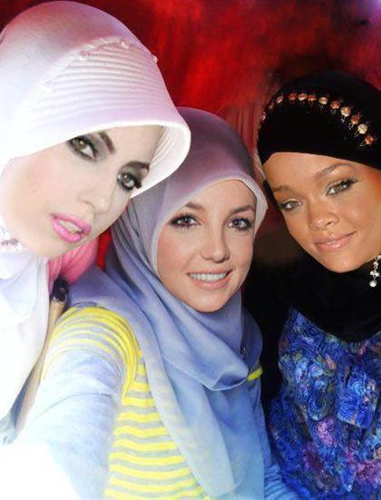ععکس با حجاب ریحانا ، بریتنی اسپیرز و لیدی گاگا