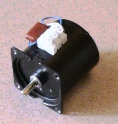 موتور دستگاه جوجه كشي