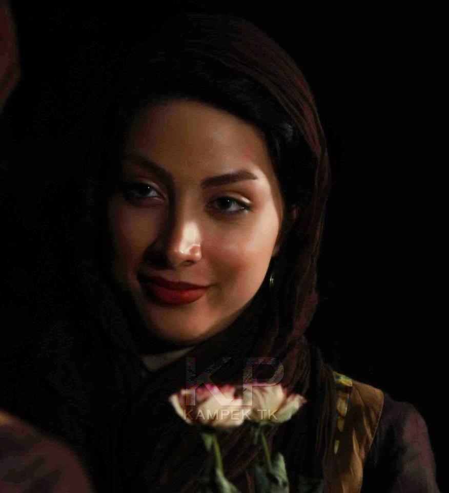 عکس های اتیله ای و جدید ساناز زرین مهر
