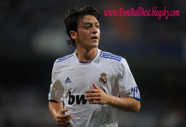 http://s3.picofile.com/file/7534971177/Mesut_Ozil_Goals_Ad_Skils_2011_12_FootBallBest.jpg