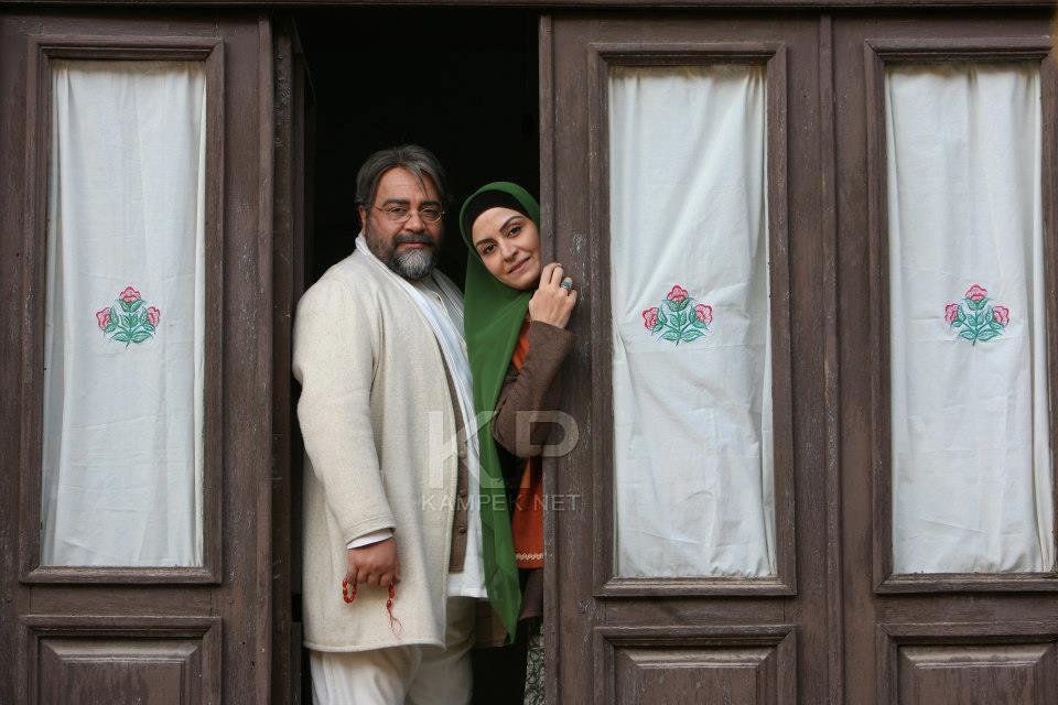 عکس های مریلا زارعی و محمد رضا شریفی نیا رد پشت صحنه سریال کلاه پهلوی