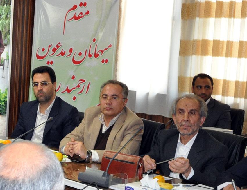 دکترشهرام دبیری اسکویی در نشست هيئت امناي دفتر منطقه 7 کمیسیون حقوق بشراسلامی با بزرگان و معتمدين شهر تبريز