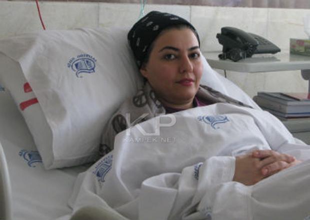 عکس اناهیتا همتی روی تخت بیمارستان