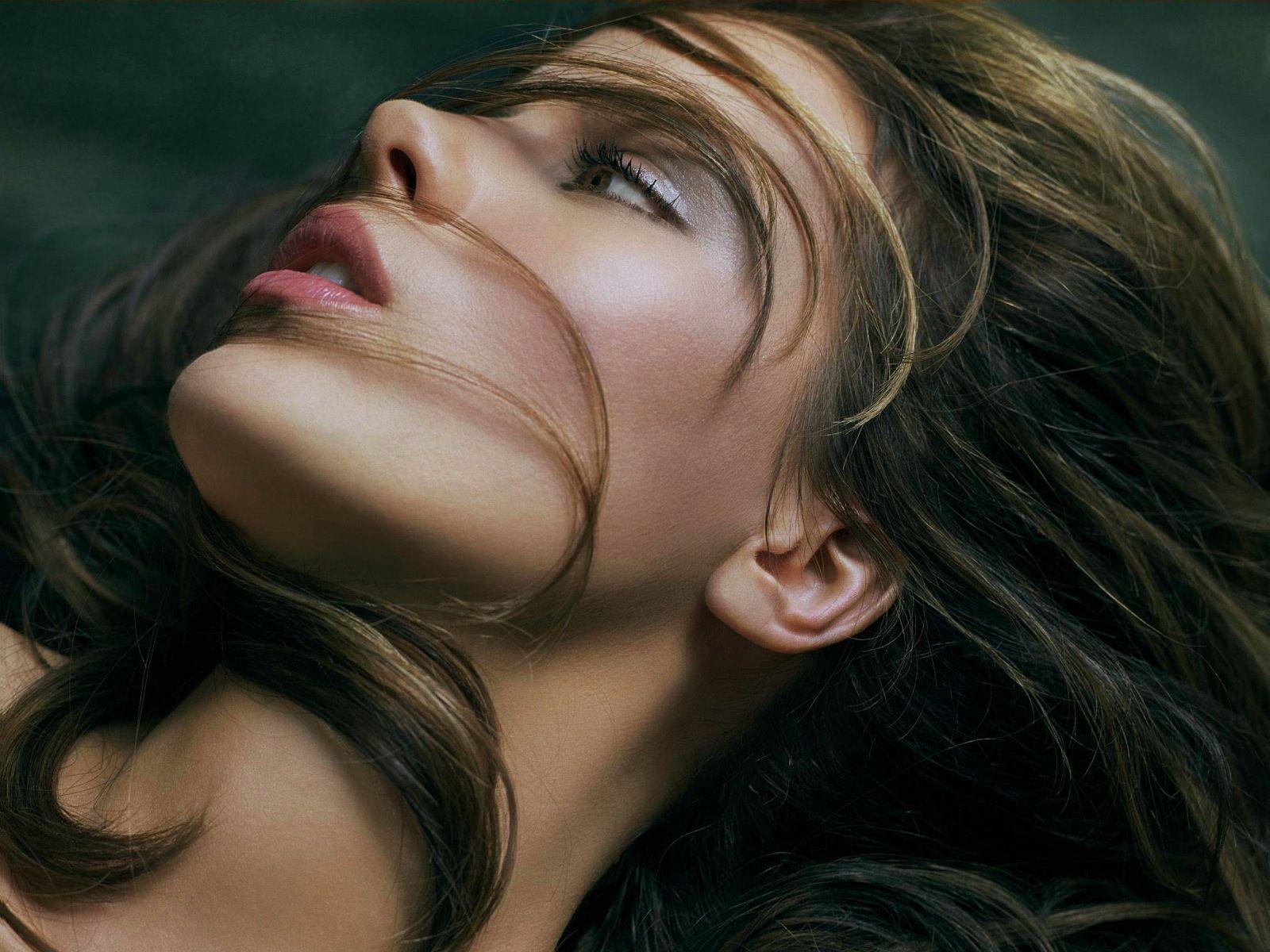 تصاویر چهره دختران زیبا رو - باران عشق > www.mahdiba.tk