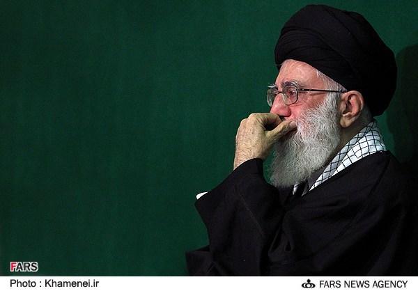 مراسم اولین شب عزاداری سالار شهیدان با حضور رهبر انقلاب در حسینیه امام خمینی(ره)