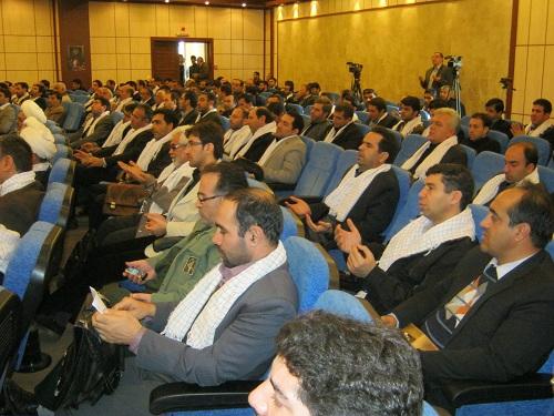 حضور جمعی از اعضای هیئت امنا دفترمنطقه ۷ کمیسیون حقوق بشراسلامی و جمعی از همیاران حقوق بشر تبریز در همایش بسیج حقوقدانان