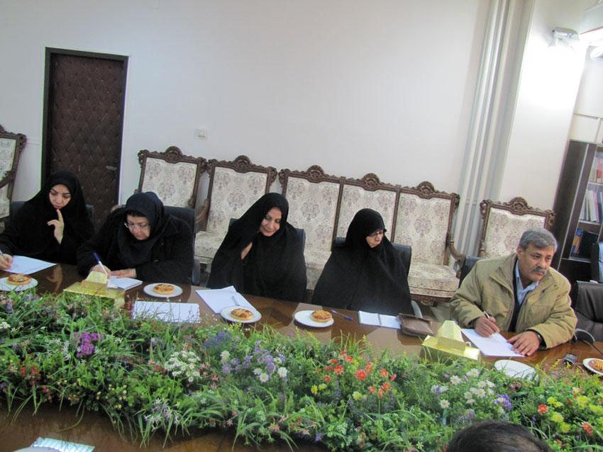 جلسه ستادبشردوستانه منطقه 7 کمیسیون در امدادرسانی به مناطق زلزله زده در اداره کل دادگستری آذربایجان شرقی