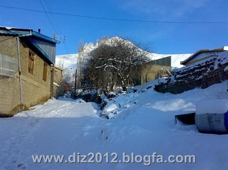 http://s3.picofile.com/file/7597427090/201212281374.jpg