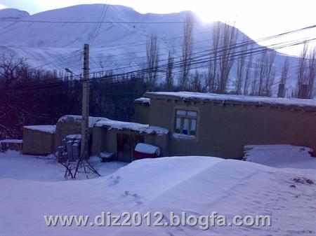 http://s3.picofile.com/file/7597429779/201212281379.jpg
