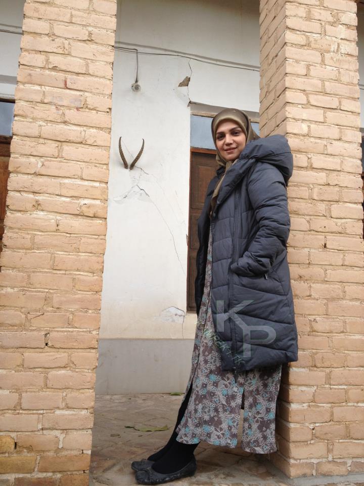 الهام پاوه نژاد در پشت صحنه سریال یلدا