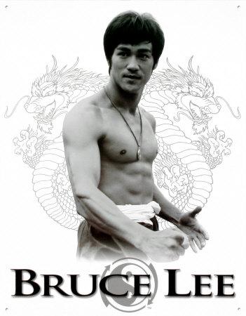 http://s3.picofile.com/file/7644060963/bruce_lee_2.jpg