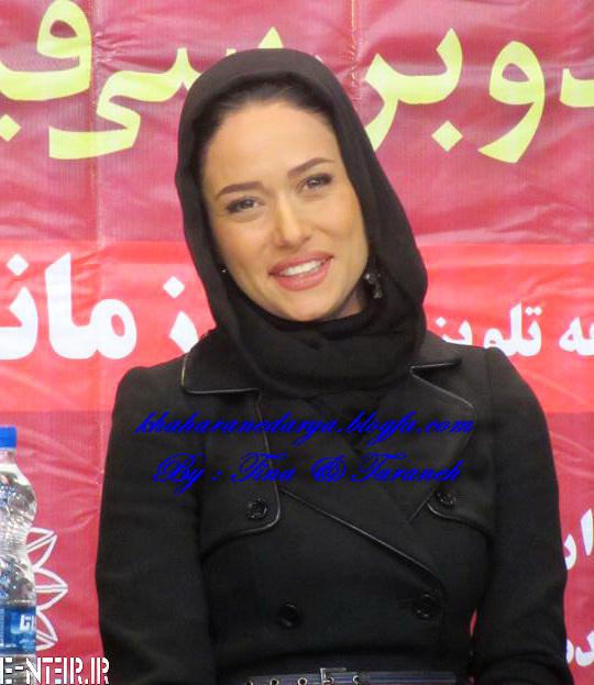 عکس های پریناز ایزدیار در نشست خبری سریال زمانه
