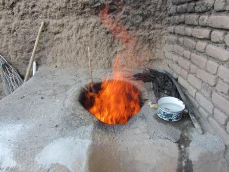 شعله های فروزان آتش