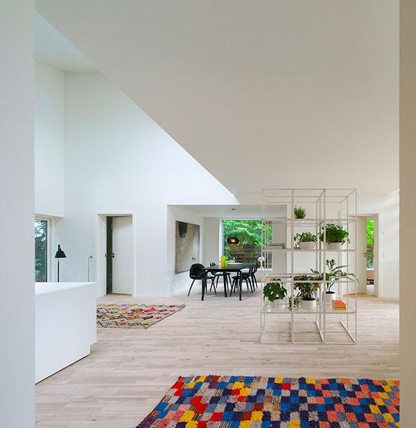 طراحی و ساخت خانه با کمترین امکانات!