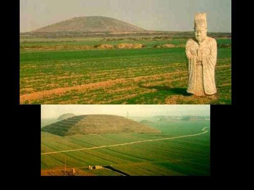 http://s3.picofile.com/file/7720617525/Turk_piramitleri_ve_Mu_kita.jpg