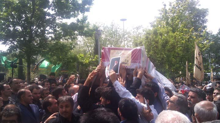 تشیع جنازه دو شهید گمنام - 25 فروردین 92 - محله شهید بخارایی - تهران