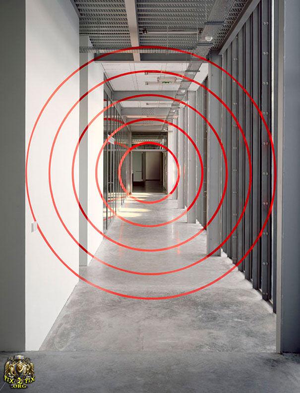 هنر عکاسی: خلق فضاهایی با توهم خیره کننده آنامورفیک