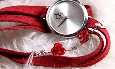 خرید ساعت مچی دخترانه CK مدل فشن