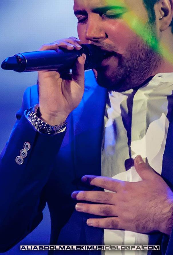 http://s3.picofile.com/file/7914452896/concert_sharivar_92.jpg