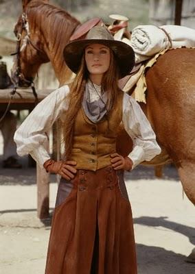جین سیمور--(Jane Seymour)--مایکلا کویین متولد1973-پزشک دهکدهDr. Quinn, Medicine Woman