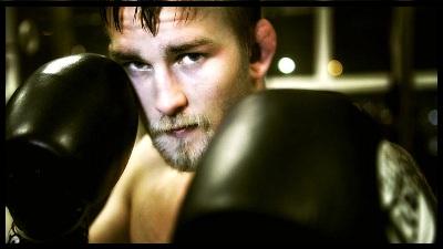 9.20.2013 : صحبت های Gustafsson در مورد زمین زدن های Jon Jones