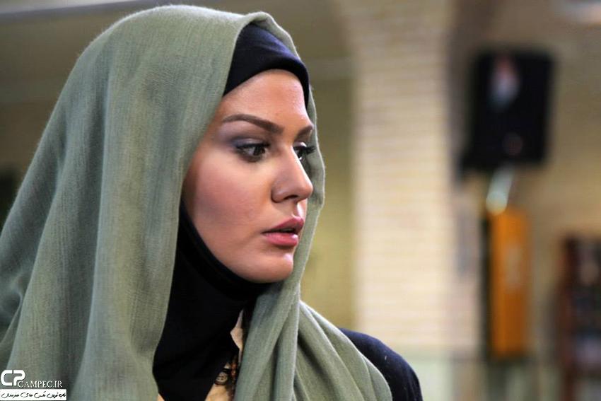 عکس رز رضوی در فیلم تشنج