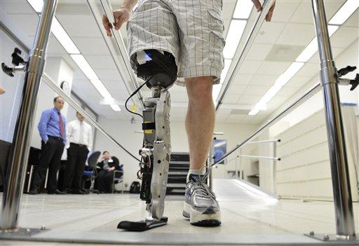 آزمایش موفقیتآمیز اولین پای مصنوعی قابل کنترل با قدرت ذهن