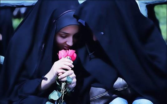 حجاب مصونیت است نه محدودیت، مصونیت را کسی درک میکند که طعم حجاب را چشیده باشد!!