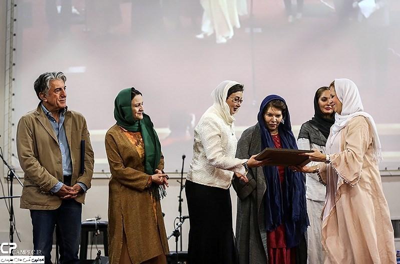 مهناز افشار،هما روستا،گلاب آدینه،رضا کیانیان