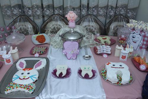 میزآرایی و تزئین میز شام جشن دندونی تم خرگوش