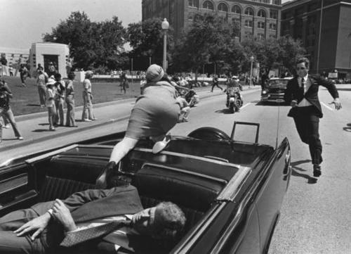 عكس نایاب از ترور جان.اف.كندی رييسجمهور آمريكا