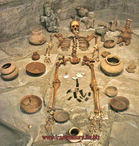 mezar4 قبرهای باز شده   عکس