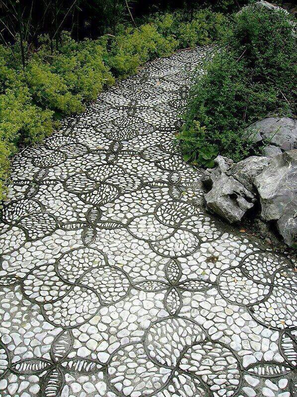 سنگ فرش هایی با سنگ ریزه
