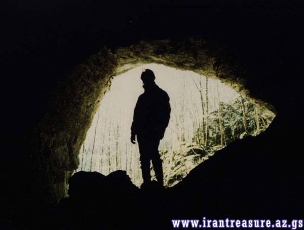 gar33 دفینه مخفی در غارها
