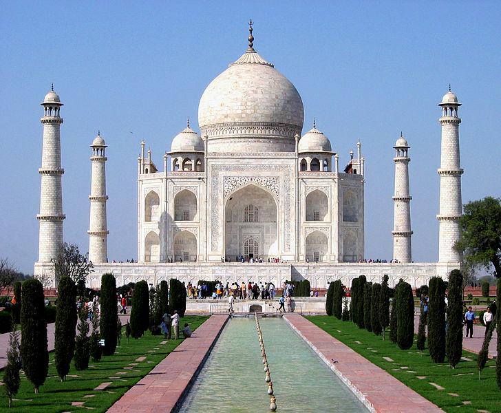 http://s3.picofile.com/file/8196299976/00bash_gorsel_Taj_Mahal_in_March_2004.jpg