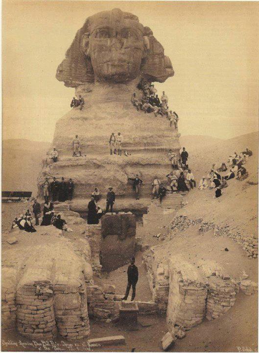 عكس نایب از مجسمه ابوالهول