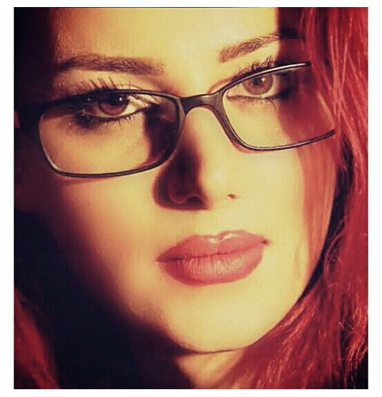 http://s3.picofile.com/file/8198560334/bartarpix_ir_sohila_hadizadeh_4_.jpg